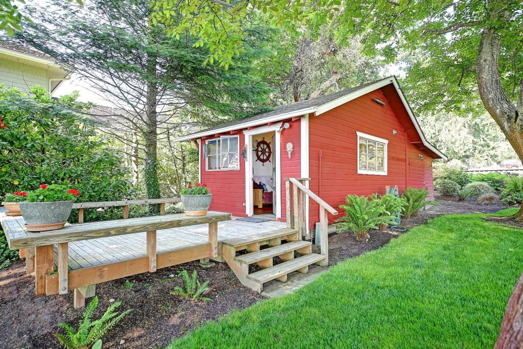 """<a href=""""http://stanwood-camano.withwre.com/search#status=active&sold_days=180&pstatus=1&ptype_tmp=7&ptype=1%2C2%2C9%2C4%2C3%2C5%2C7&location_search_field=Stanwood%2C%20WA%2098292%2C%20USA&drive_time=08%3A15&drive_duration=30&drive_avoid_ferry=1&ss_description=Stanwood%2C%20WA%2098292&ss_email_freq=40&ss_send_zero_result=1&bounds_north=48.42544705454789&bounds_east=-122.09849039175492&bounds_south=48.033450761863065&bounds_west=-122.53400603392106&center_lat=48.2410895&center_lon=-122.37068369999997&center_lat_pan=48.229824241100445&center_lon_pan=-122.31624821283799&geotype=PopulatedPlace&user_lat=48.2410895&user_lon=-122.37068369999997&pgsize=200&startidx=0&zoom=11&user_uuid=0f357491-1ec7-4c44-983c-93e25e9ece45&ls_conversion=sqft&sort_by=1&company_uuid=1234567&commute=0&buffer_miles=0&geospatial=true&agent_uuid=5f3daca6-ab33-455d-807d-9942a8c6c137&omit_hidden=true&mobileState=list""""><h2>Stanwood</h2><a/>"""